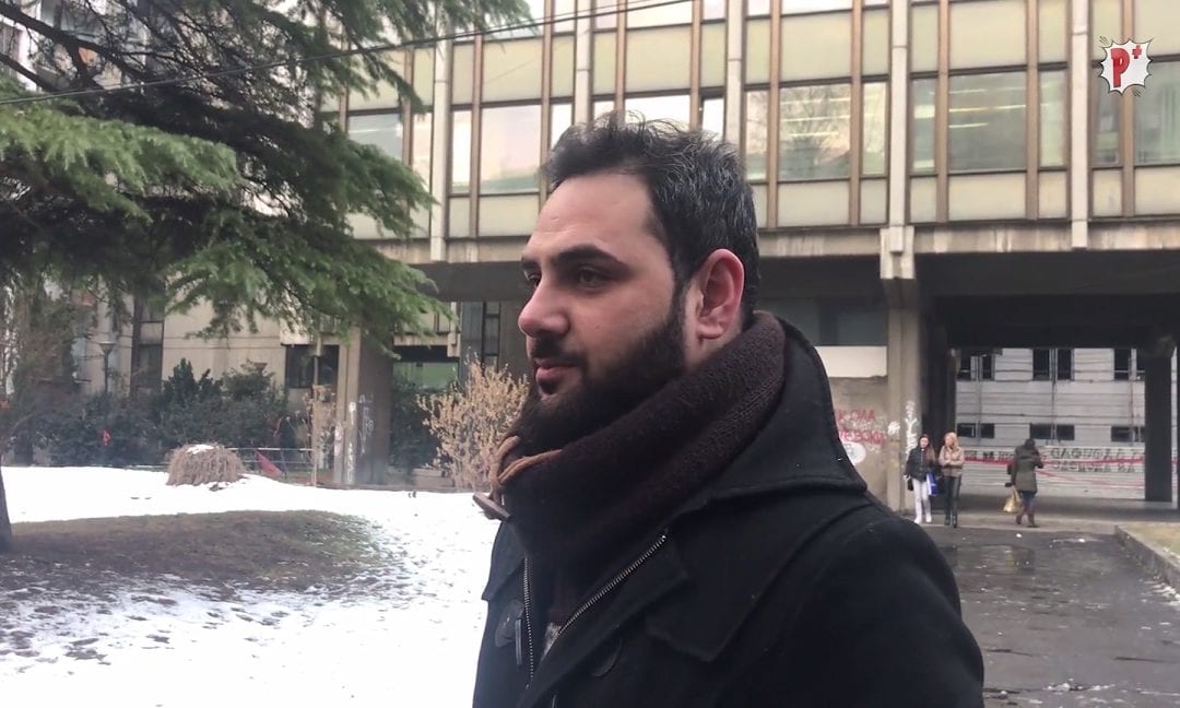 الشباب الغجر غير مرئيين في وسائل الإعلام المقدونية